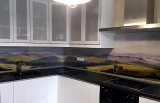 Изготовление кухонных фартуков из закаленного стекла